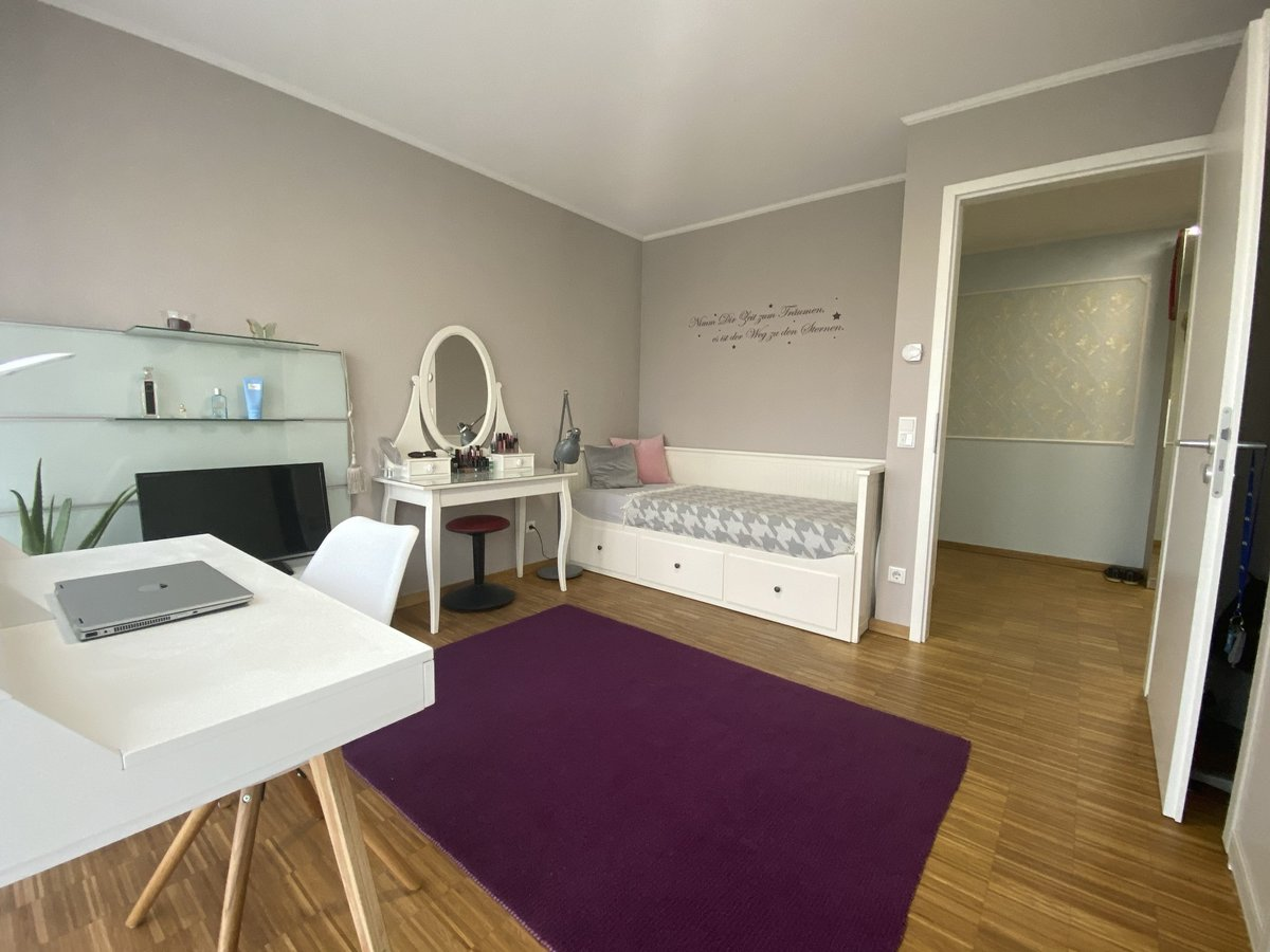 Schlafzimmer 2R